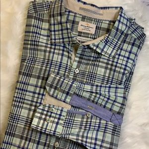 Tommy Bahama Jeans Plaid Button up Shirt